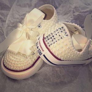 BABY/ lil kid converse PEARLED/ BLING